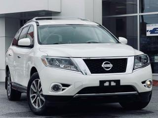 Used 2015 Nissan Pathfinder SL for sale in Kingston, ON