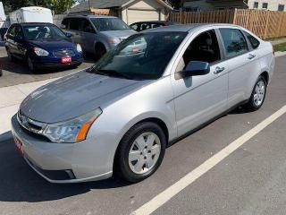 Used 2010 Ford Focus SE for sale in Hamilton, ON