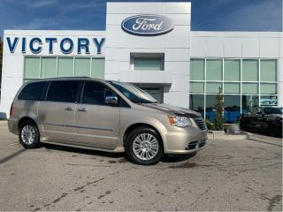 Used 2014 Chrysler Town & Country Limited | SUNROOF | ENTERTAINMENT | KEYLESS ENTRY for sale in Chatham, ON
