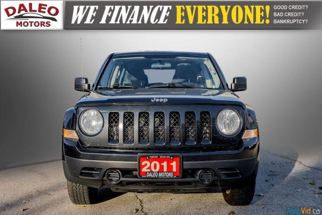 2011 Jeep Patriot NORTH/ 4WD / HEATED SEATS / REMOTE START / 1 OWNER Photo2