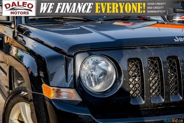 2011 Jeep Patriot NORTH/ 4WD / HEATED SEATS / REMOTE START / 1 OWNER Photo9