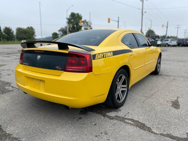 2006 Dodge Charger R/T  Photo2