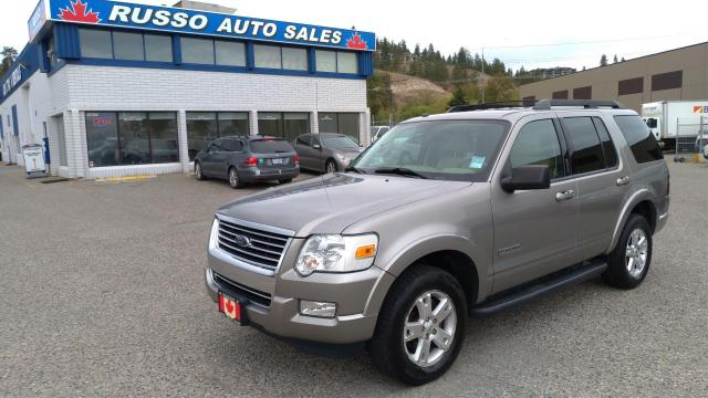 2008 Ford Explorer XLT 4x4, Leather