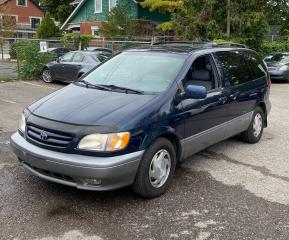 Used 2001 Toyota Sienna XLE for sale in Brampton, ON