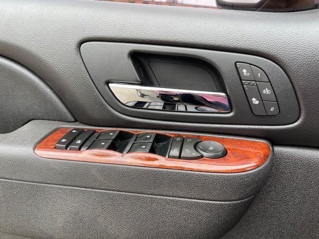 2011 Chevrolet Suburban LT 4X4,NAVIGATION,LEATHER,REAR CAMERA Photo19