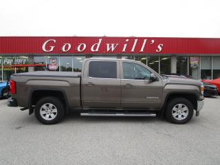 Used 2015 GMC Sierra 1500 SLE! CREW CAB! 6-PASS! NICE TRUCK! for sale in Aylmer, ON