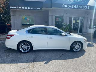 Used 2011 Nissan Maxima 3.5 S for sale in Mississauga, ON