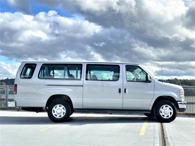 2008 Ford Econoline XLT - 9 PASS. LOCAL - ONE OWNER