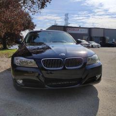 Used 2011 BMW 3 Series 4dr Sdn 328i xDrive AWD Classic Ed South Africa for sale in North York, ON