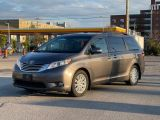 2014 Toyota Sienna Limited Navigation /DVD/Panoramic Sunroof Photo17