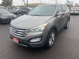 Used 2013 Hyundai Santa Fe SE,AWD for sale in Hamilton, ON