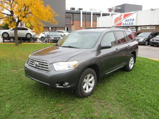 Used 2010 Toyota Highlander 7 PASSENGER ~ REAR CAMERA ~ BLUETOOTH ~ CERTIFIED for sale in Toronto, ON