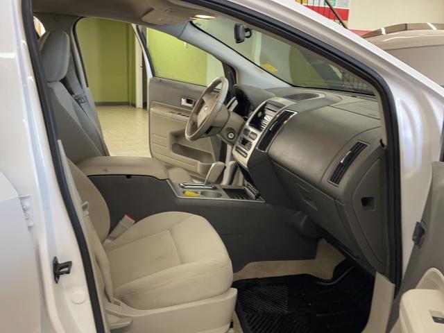 2009 Ford Edge SEL Photo11