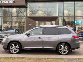 Used 2016 Nissan Pathfinder PLATUINUM w/ NAVI / PANO ROOF / LEATHER for sale in Calgary, AB