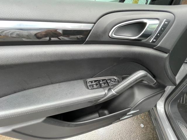 2011 Porsche Cayenne S AWD NAVIGATION/REAR CAMERA/SUNROOF Photo11