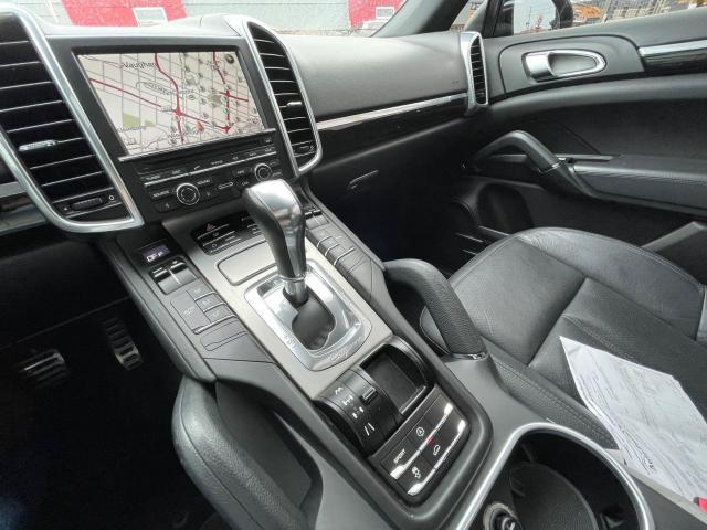2011 Porsche Cayenne S AWD NAVIGATION/REAR CAMERA/SUNROOF Photo13