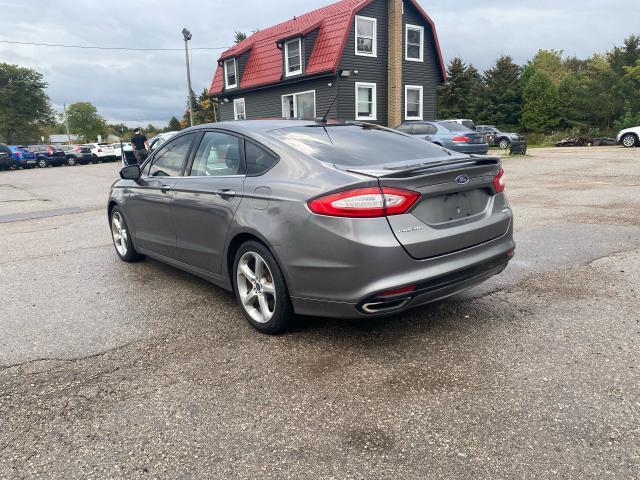 2013 Ford Fusion SE Photo3