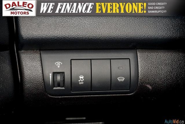 2012 Kia Forte5 EX / SUNROOF / HEATED SEATS / USB / POWER MIRRORS Photo17