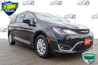 Used 2017 Chrysler Pacifica Touring- L for sale in Grimsby, ON