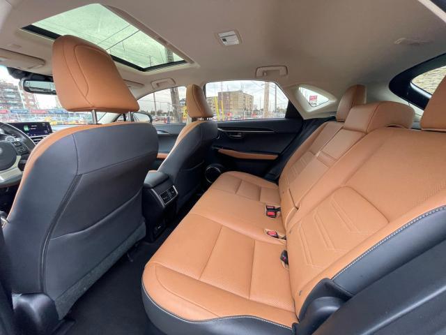 2019 Lexus NX NX 300 Navigation/Sunroof/Blind Spot Photo12