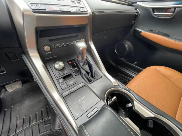 2019 Lexus NX NX 300 Navigation/Sunroof/Blind Spot Photo16
