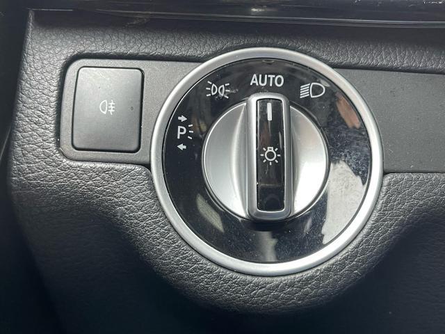 2015 Mercedes-Benz GLK-Class GLK 250 BlueTec Navigation/Pano Sunroof/Camera Photo17