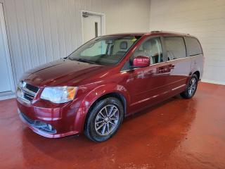 Used 2017 Dodge Grand Caravan SXT Premium Plus for sale in Pembroke, ON