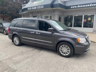 Used 2015 Chrysler Town & Country PREMIUM for sale in Mississauga, ON