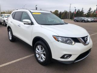 Used 2016 Nissan Rogue SV AWD for sale in Charlottetown, PE