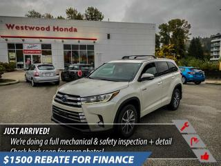 Used 2018 Toyota Highlander XLE Hybrid for sale in Port Moody, BC