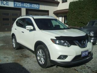 Used 2016 Nissan Rogue SV, AWD for sale in Beaverton, ON