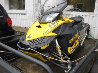 Used 2010 Ski-Doo MX-Z 600 E-tech studded track (trailer NOT included) for sale in Ottawa, ON