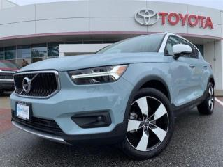 Used 2019 Volvo XC40 T5 AWD Momentum for sale in Surrey, BC