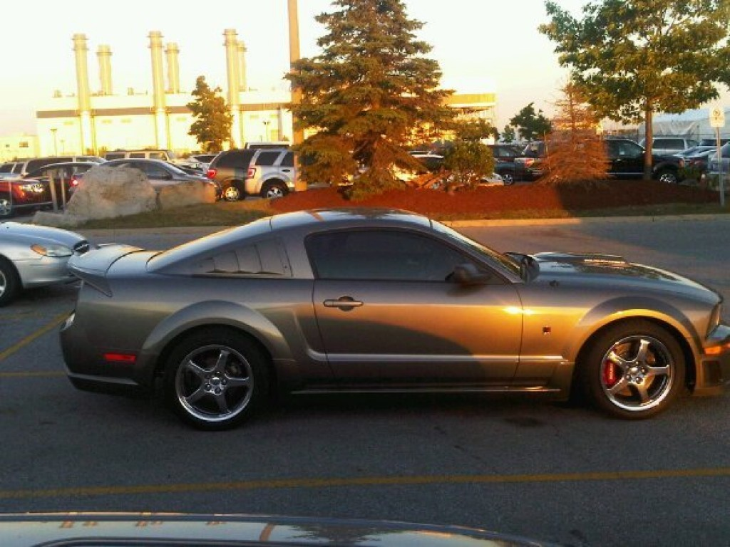 used 2005 ford mustang roush clone v6 for sale in york ontario. Black Bedroom Furniture Sets. Home Design Ideas