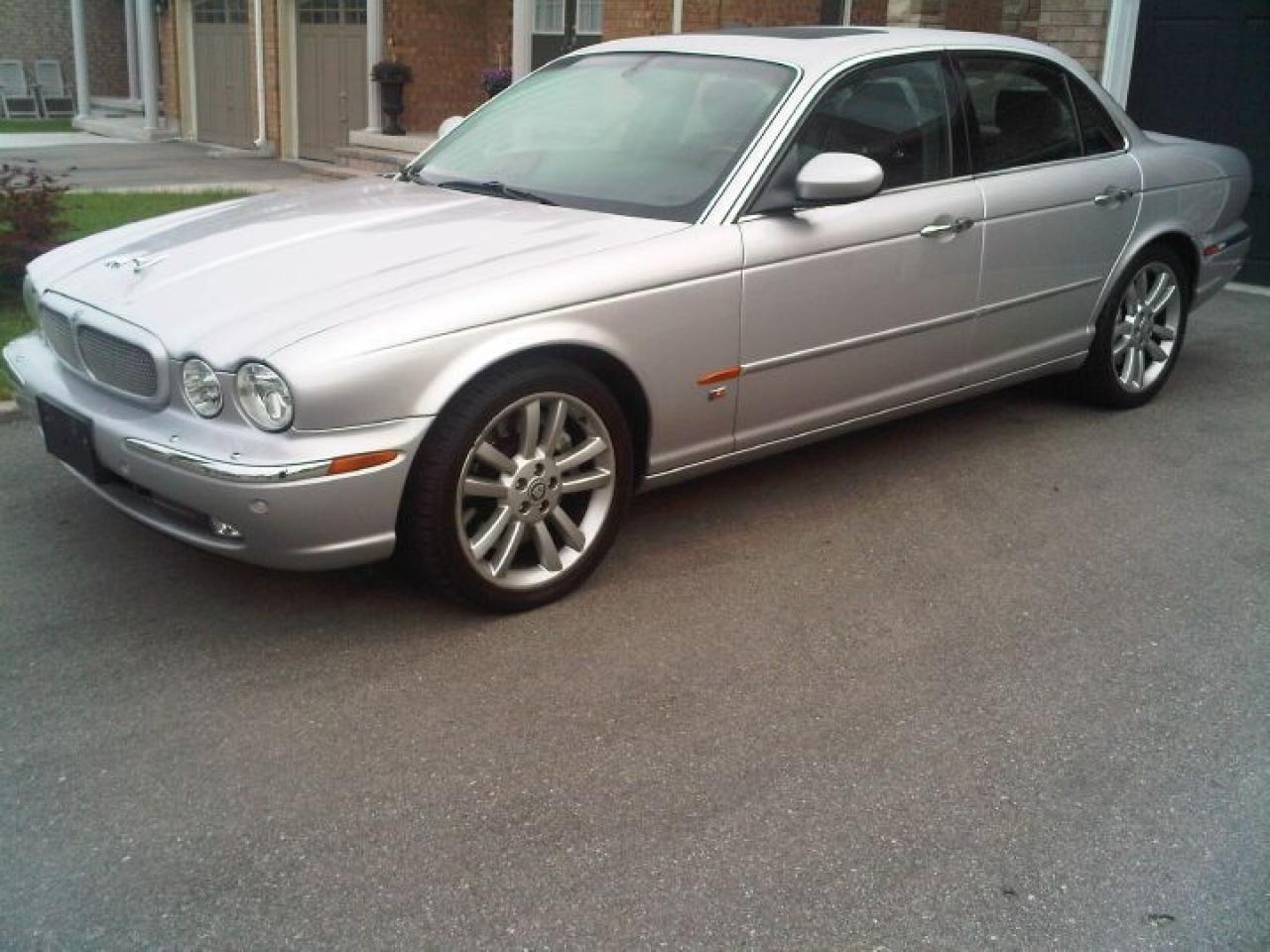 Photo of Silver 2004 Jaguar XJR