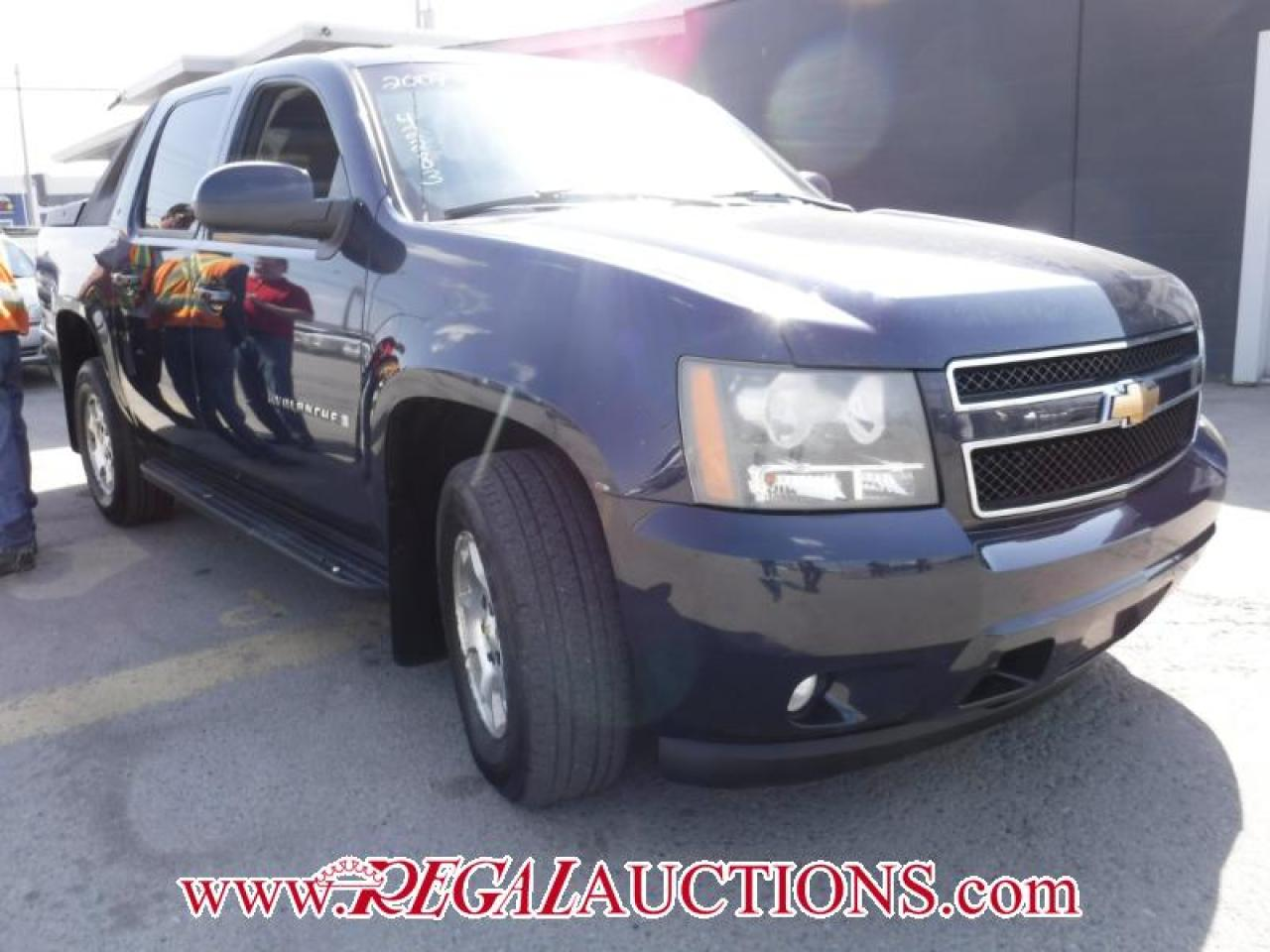 Photo of Blue 2007 Chevrolet AVALANCHE 1500 LT 4D UTILITY 4WD
