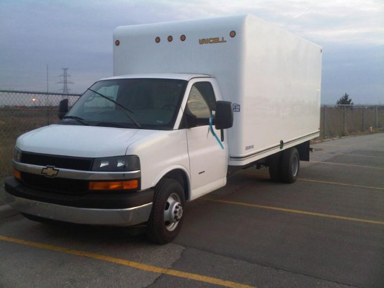2010 Chevrolet Express 3500 Cube Van
