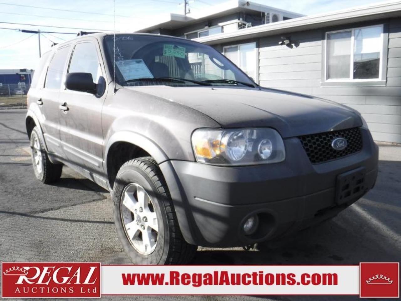 Photo of Grey 2006 Ford Escape
