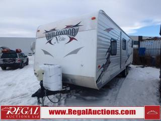 Used 2013 Forest River Wildwood X-LITE 281QBXL Travel Trailer for sale in Calgary, AB