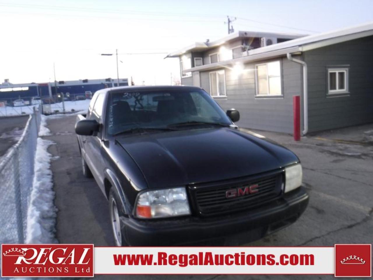 2000 GMC Sonoma SL5 4D EXT CAB 2WD